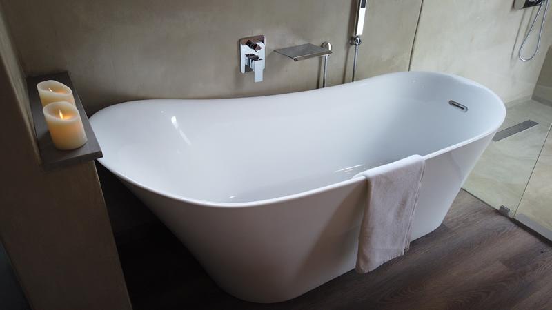 Bath at Gweda Lodge private game lodge in Mabalingwe Bela-Bela