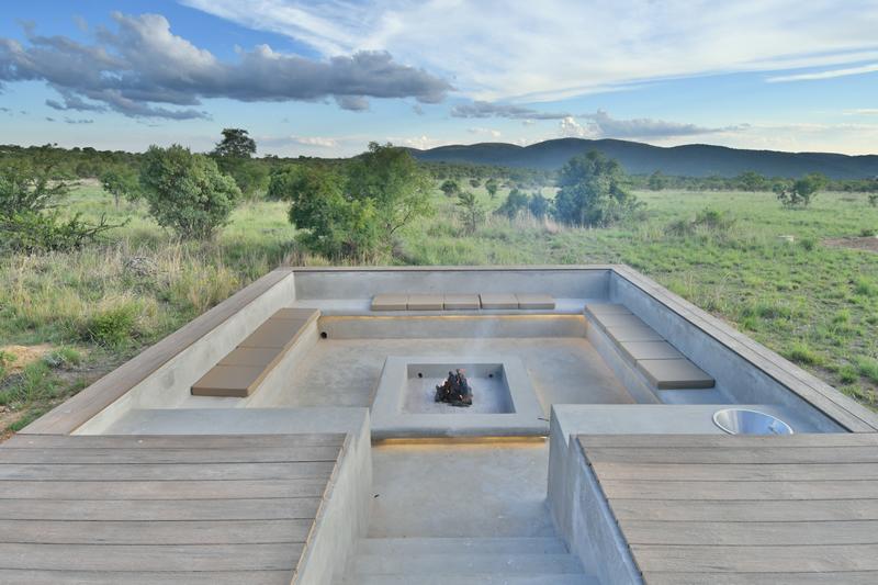 Boma at Gweda Lodge private game lodge in Mabalingwe Bela-Bela